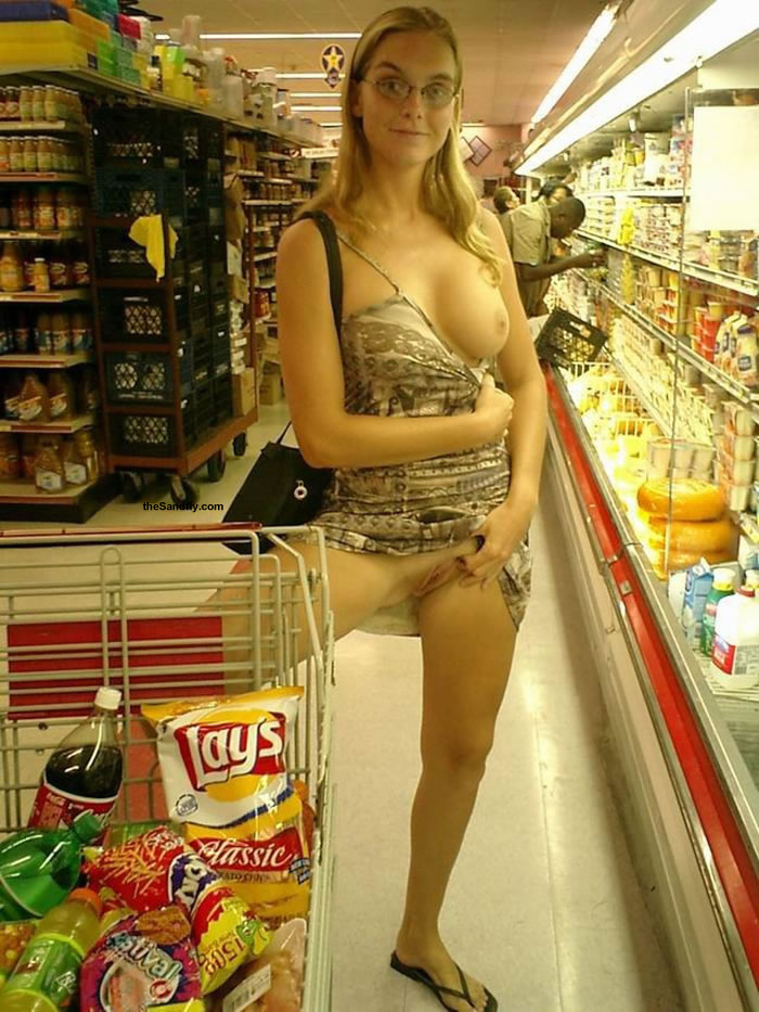 Food shopping milf!!!!